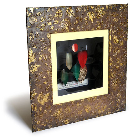 make your own distressed Shadow Box Frame