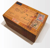 The antique egg mailing box