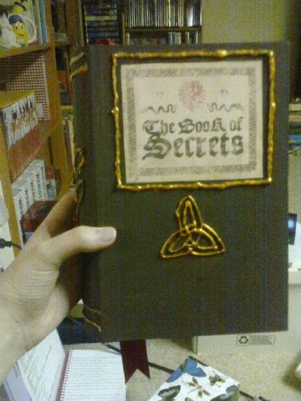 IsisOfSun's Secret Box Book